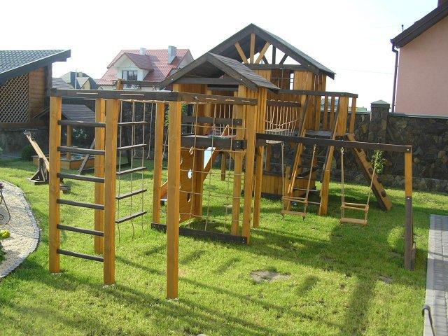 детские площадки из дерева